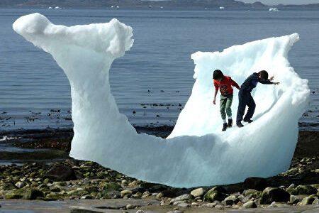 С чем связано таяние ледников Гренландии